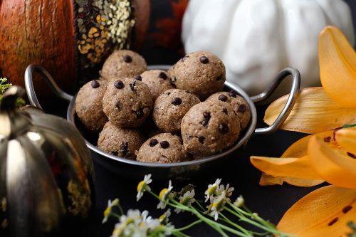 paleo-pumpkin-spice-energy-balls